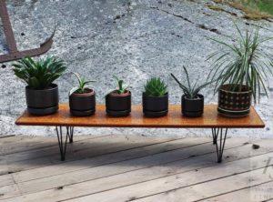 Kukkapöydät ja telineet